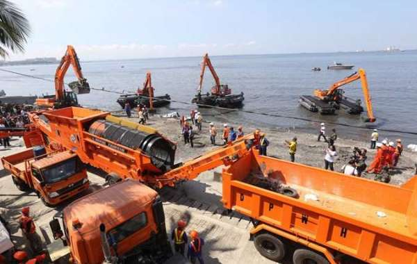 DPWH starts desilting of Manila Bay; operations set 16 hours a day, six days a week for 4 months