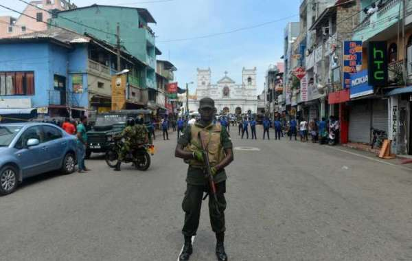 Blasts at Sri Lanka hotels and churches **** 156