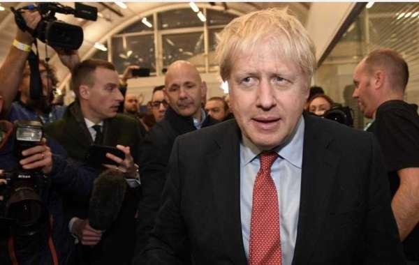 UK election: Boris Johnson's Conservatives win majority