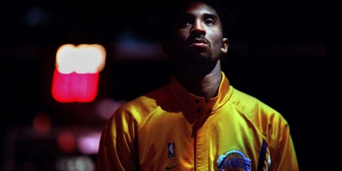 Kobe Bryant, from the start, was an athlete like no other