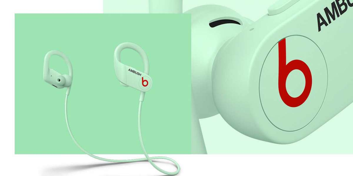 Beats and Ambush collaborate for the special edition Glow-in-the-Dark Powerbeats 4